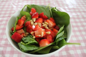 Spinazie-salade-aardbeien