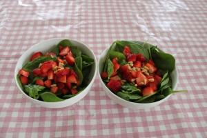 Spinaziesalade-aardbeien