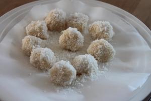 Raffeallo-bonbons-lovetocookhealthy