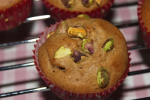 Lovetocookhealthy-pistache-muffins