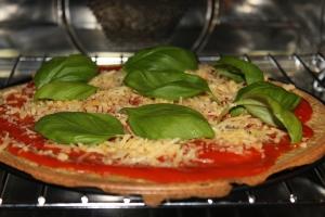 Pizza-quinoa-lovetocookhealthy