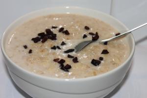 Peanut butter-banana-chocolate-oats