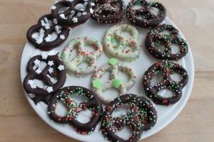 Chocolade kerst pretzels-lovetocookhealthy (6)