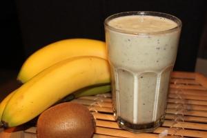 Ontbijtsmoothie-kiwi-gember-lovetocookhealthy