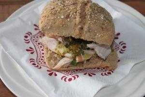 Broodje met kip en pesto-lovetocookhealthy (2)