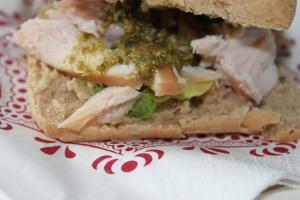Broodje met kip en pesto-lovetocookhealthy (3)