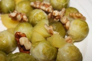 Spruitjes met appel en walnoot-lovetocookhealthy (2)