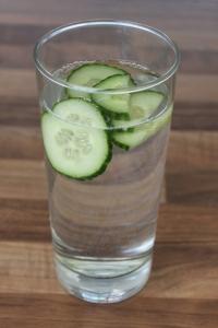 Komkommerwater-lovetocookheatlhy