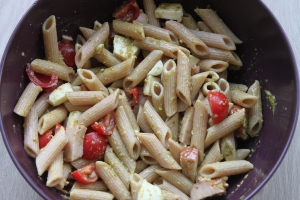 Pesto pastasalade-lovetocookhealthy (2)