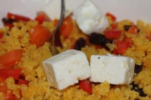 Couscous met kurkuma en feta-lovetocookhealthy (2)