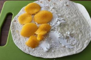 Wraptosti geitenkaas-nectarine-lovetocookhealthy