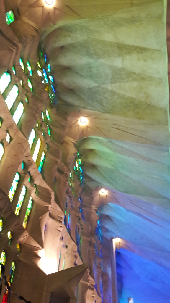 Sagrada Familia-lovetocookhealthy1.jpg
