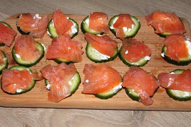 zalm-komkommer-hapjes-lovetocookhealthy