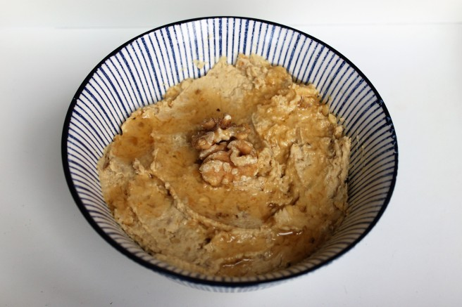 zoete-hummus-met-honing-en-walnoten-lovetocookhealthy