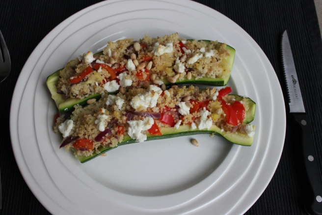 gevulde-courgette-met-couscous-lovetocookhealthy