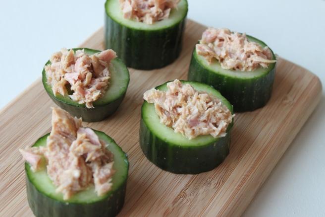 tonijn komkommerhapjes
