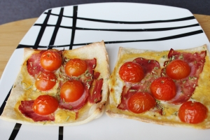 mini-pizza's-met-kalkoen-bacon