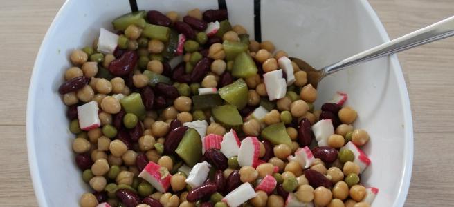 Kikkererwtensalade-met-surimi-lovetocookhealthy
