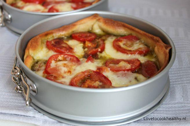 quiche met tomaat en pesto