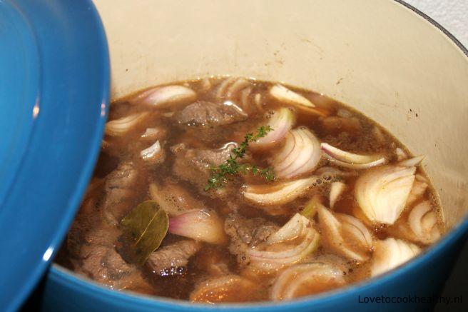 Stoofvlees met pompoen en dadels