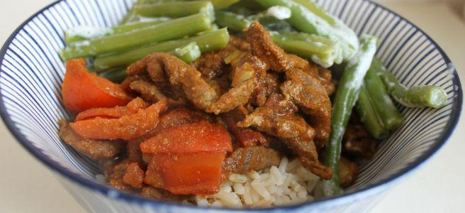 Curry met kokos sperzieboontjes